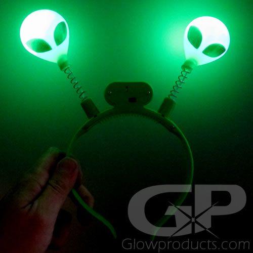 Play Kreative Glow In The Dark Alien Head Boppers Set of 12